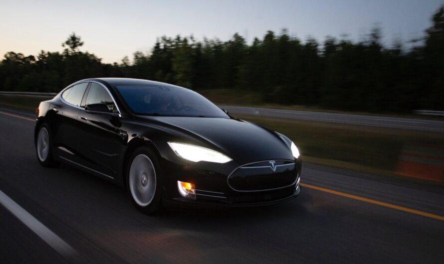 Tesla je revolučním typem novodobé automobilky