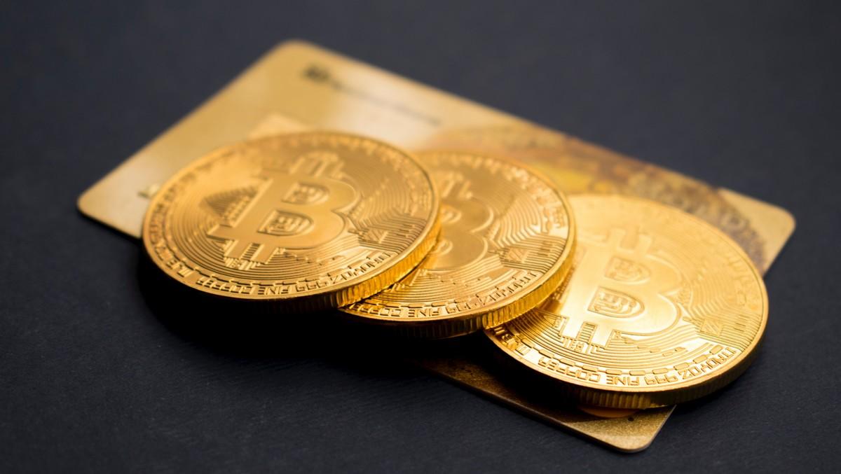 Investiční zlato v podobě zlatých mincí.