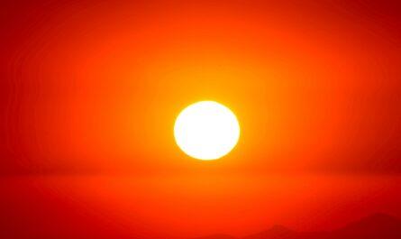 Slunce přinášející nezbytné sluneční záření pro naše tělo.